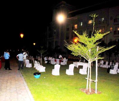 corporate-dinning-at-the-lawns-oragadam-9